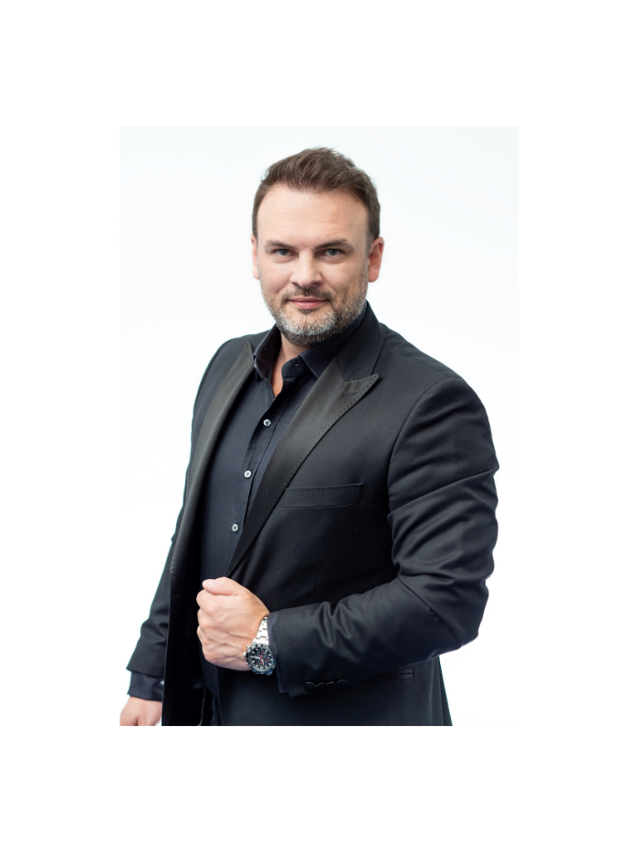 Grzegorz Filarowski, CEO LOG Systems